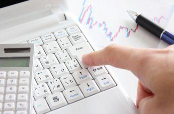 FX業者は、たくさん取引してもらった方が、手数料(スプレッド)が入ってくる